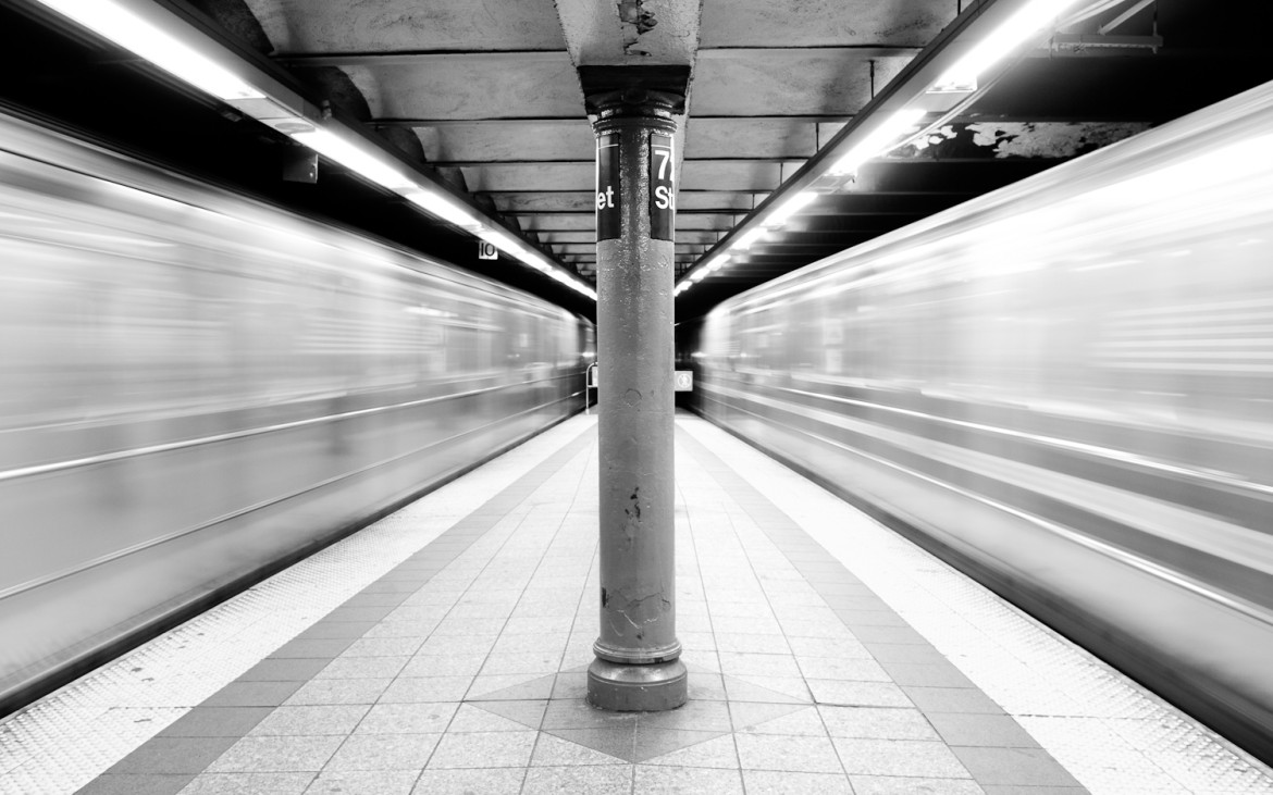 subways_in_motion_72nd_street_large