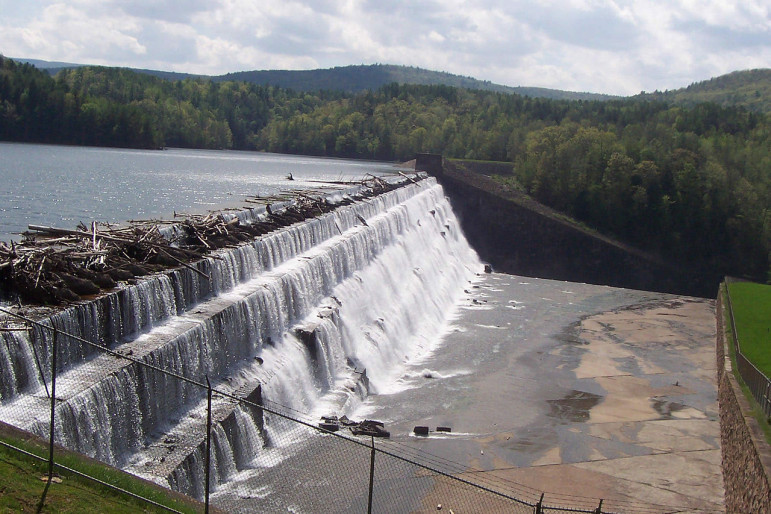 Gilboa Dam on the edge of the Schoharie Reservoir. As the city bought up land around reservoirs and streams in the Catskills, preventing any development from taking place there, the eagles thrived.