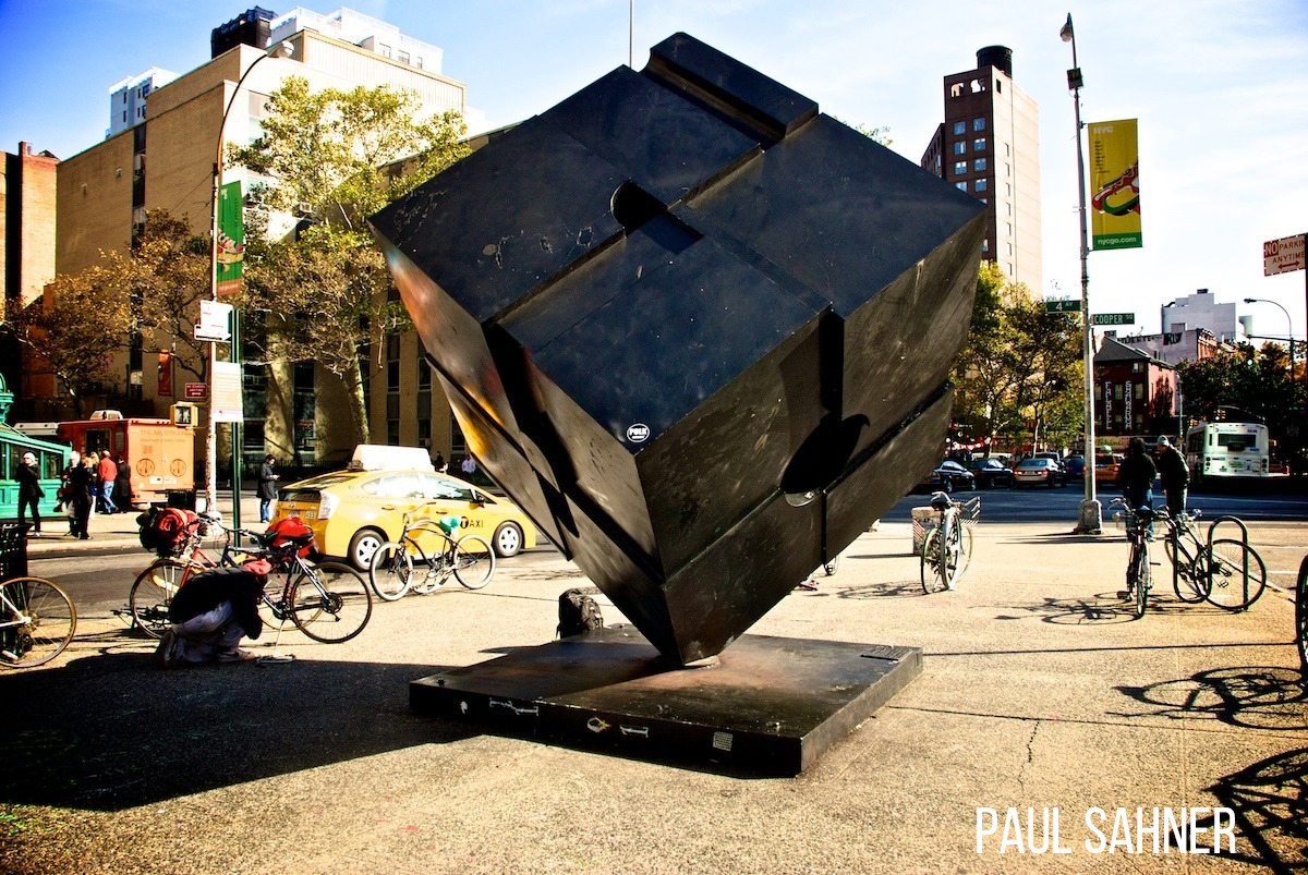 Astor_Place_Cube