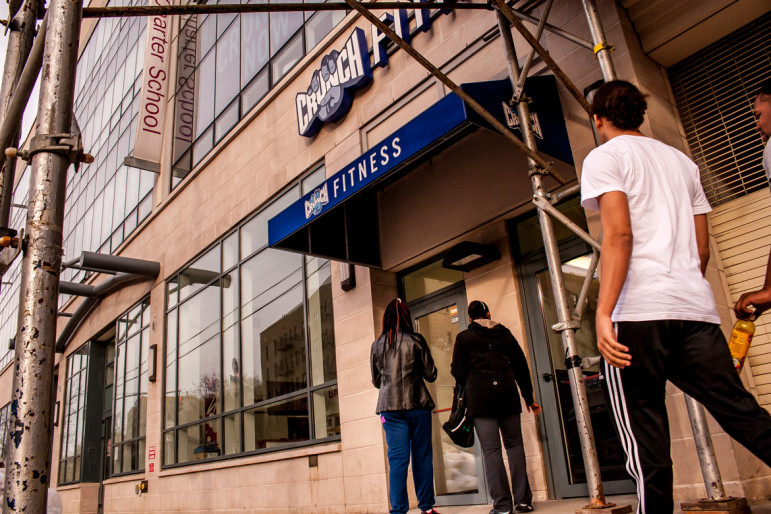The Crunch gym that opened up on Webster Avenue in the Norwood section could be a sign that gym chains are planning to expand in the Bronx. That might not be good news for the independent gyms that already exist there.