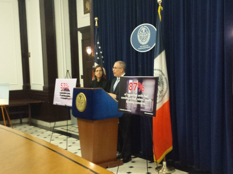 Comptroller Stringer, with Deputy Comptroller for Audit Marjorie Landa on his right, discusses the audit.