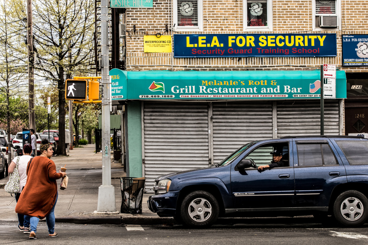New Yorks Security Guard Training Requirements Routinely Flouted