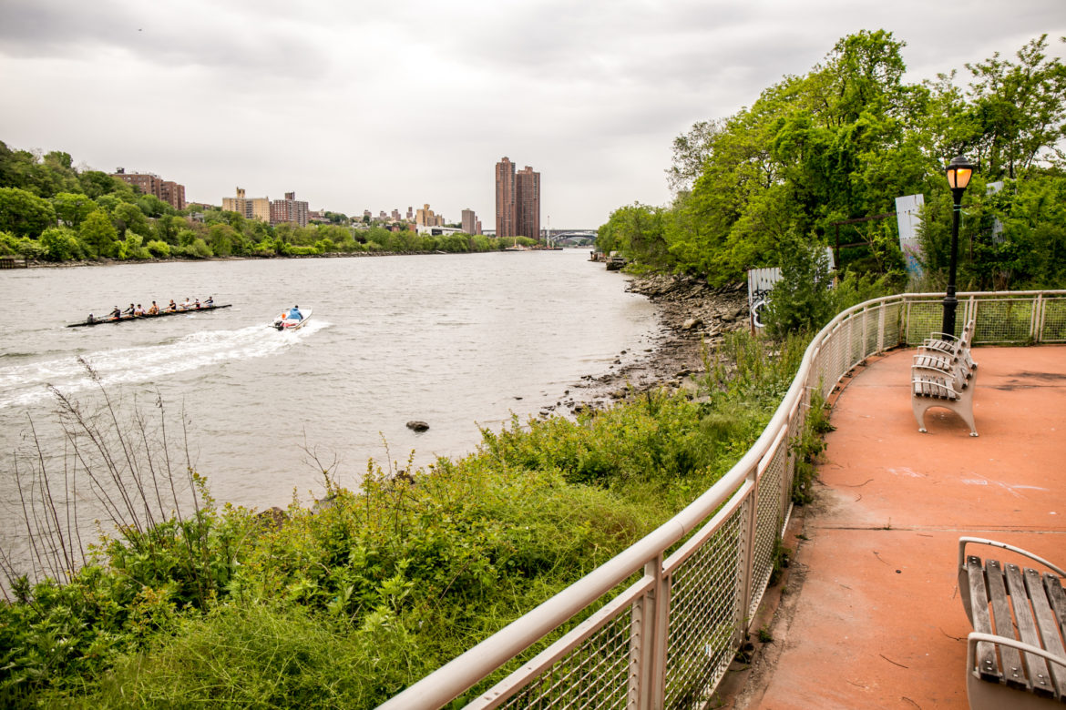 The Harlem River